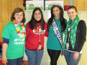 Forest Oak School book giveaway, Vincenza Carrieri-Russo, Miss Delaware United States
