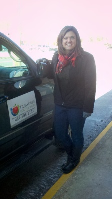 Cristen Zipf of Treasures for Teachers stopped by Success Won't Wait today, despite the record breaking low temperatures, to pick up a 500+ book donation. Now that's dedication!
