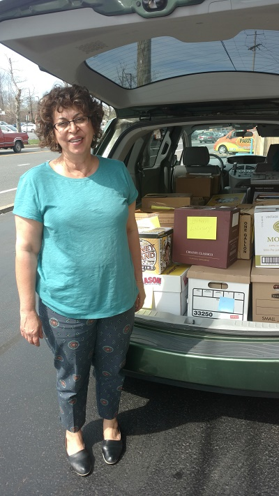 Delaware based literacy organization Success Won't Wait donates over 1,000 books to the Friends of the Wilmington Library.