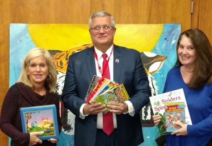 Left to Right: Yvonne Johnson, VP for Advocacy Delaware PTA, Red Clay Consolidated School District Superintendent Merv Daugherty, Ed.D., and Susan McNeill of Success Won't Wait.