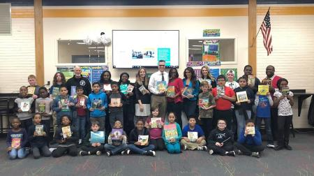 Delaware literacy organization Success Won't Wait donates alomost 500 books to Eisenberg Elementary. Vincenza Carrieri-Russo